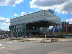 Diller Scofidio + Renfro's Institute of Contemporary Art, Boston (photo by TripCart, ICA, 2006)