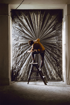 Jay DeFeo at work on The Rose (photo by Burt Glinn/Magnum Photos, Whitney Museum of American Art, 1960)
