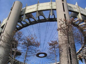 Philip Johnson and Richard Foster's 1964 New York State Pavilion (photo by Bridge and Tunnel Club)