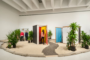 Hélio Oiticica's Tropicália (César and Claudio Oiticica Collection/Carnegie Museum of Art, 1967)