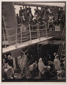 Alfred Stieglitz's The Steerage (Jewish Museum, 1907)